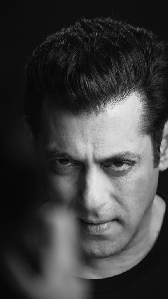 Salman Khan Biography, Family, Career,Personal Life, Movies, Songs,Age, Lifestyle