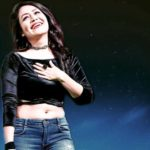 Neha Kakkar, Biography,Jeans Top